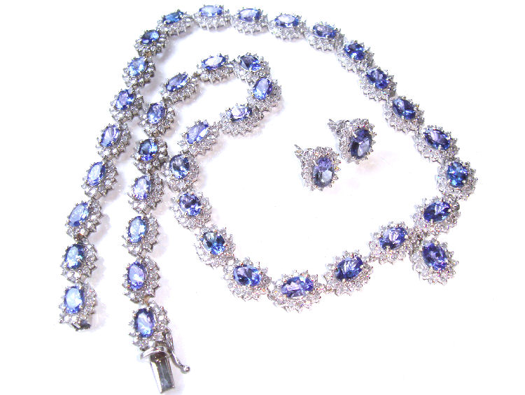 3840ct tanzanite diamond necklace earrings set in 14k white gold mozeypictures Choice Image